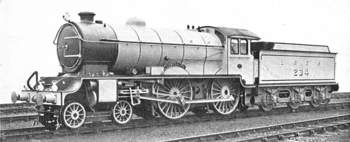 D49/1 234 'YORKSHIRE' was the first in her class and remained un-rebuilt throughout until scrappage in the late 1950s . .