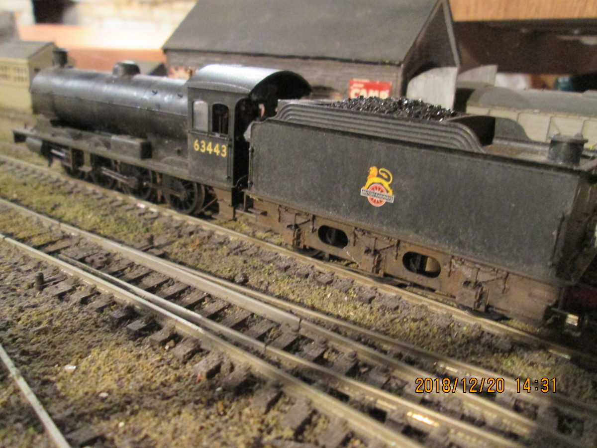 Here she is again, in full view this time seen on the smaller Kirk Rigg layout