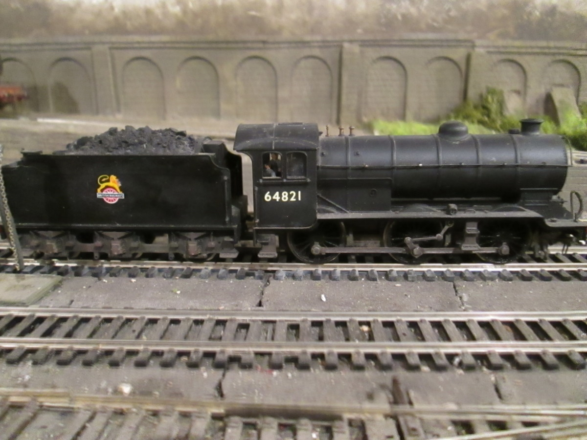 Another Gresley design built at Darlington that showed NER design influence was his Class J39 0-6-0. This is 64821 of Middlesbrough (51D) (Bachmann model)