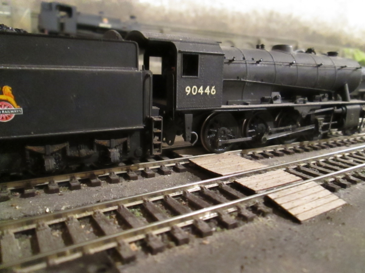 Riddles' WD 2-8-0 was introduced during WWII, some went overseas after D-Day. Many were taken over by the LNER, subsequently BR(E). This is 90446 of Newport Shed (51B) near Middlesbrough (Bachmann model)