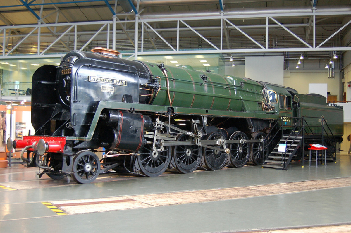 The very last steam engine to be produced by British Railways, Swindon-built Class 9F 92220 'Evening Star' on show at the National Railway Museum, York