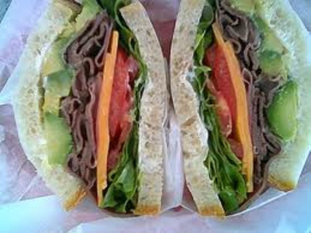 Roast Beef Sandwich. Old-fashioned picnic menu.