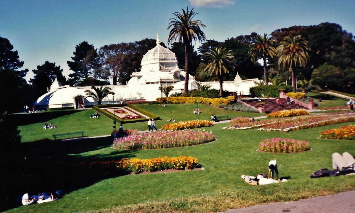 View of The Conservatory in Golden Gate Park