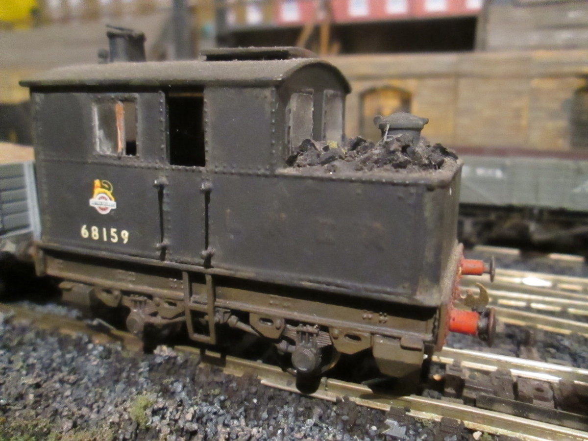 Class Y3 0-4-0 Sentinel shunter. These engines were fitted with vertical 'coffee-pot'' boiler and short bunker. A trap-door allowed the fireman access to his fuel supply (Nu-cast kit built by Stephen Siddle on Steam Era Models' Black Beetle' chassis)
