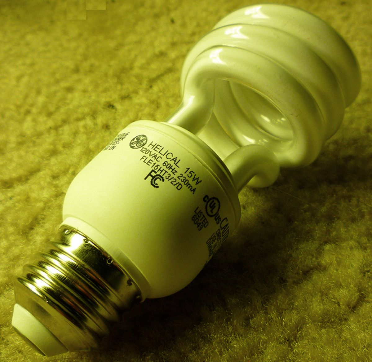 15w CFL Bulb.