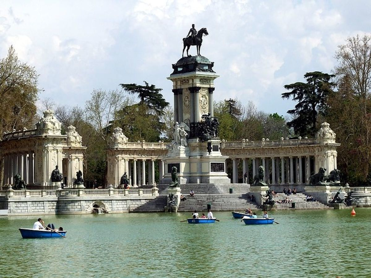 The beautiful Retiro Park and the Alfonso XII monument.  Alfonso donated the land to Madrid for a park for the people.