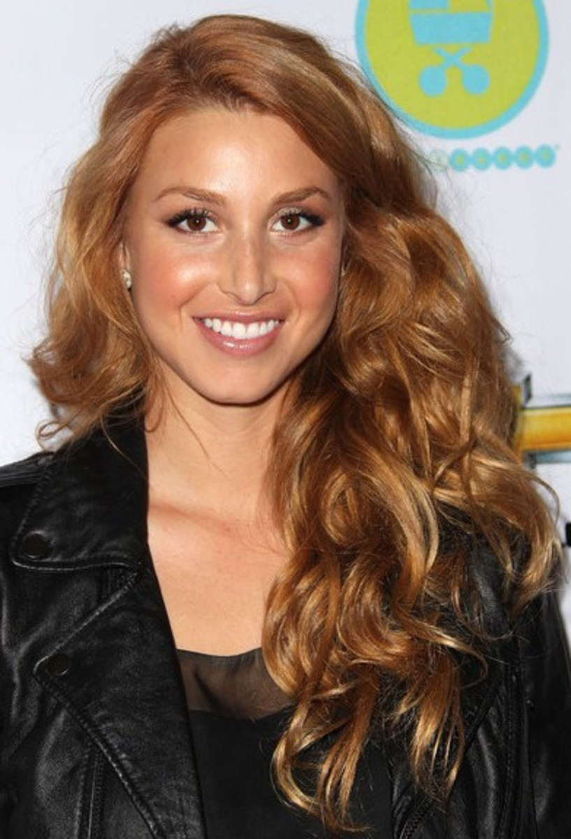 Brown hair to blonde hair for warm skin tones. Whitney Port's Caramel Blonde Hair