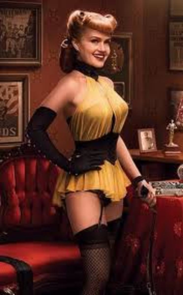Carla Gugino as Sally Jupiter/Silk Spectre I in Watchmen