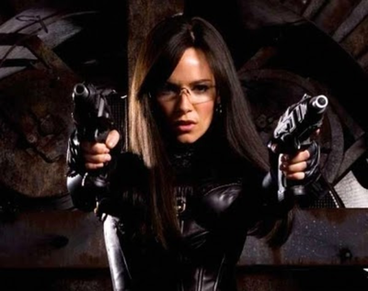 Sienna Miller as the Baroness in G.I. Joe Rise of the Cobra