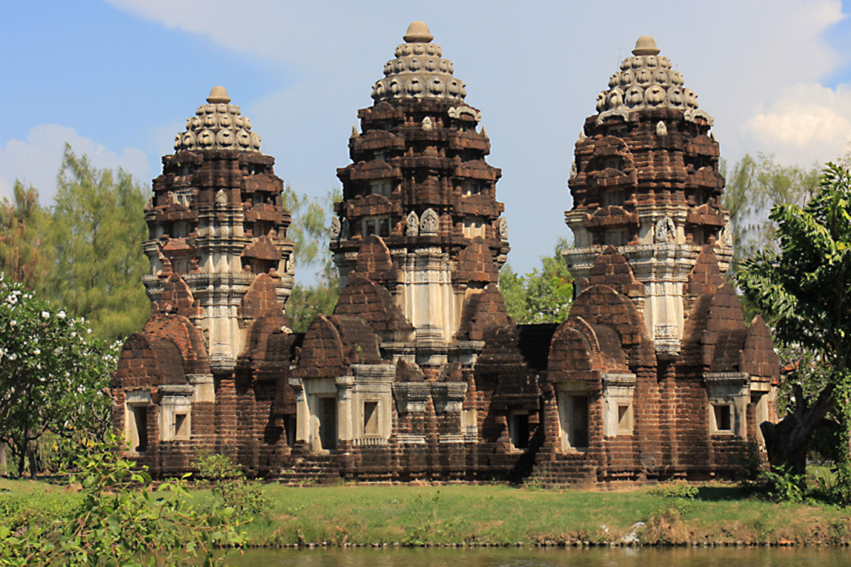 Phra Prang Sam Yot - the Three Spired Sanctuary. The original is located in the heart of Lop Buri Province, and built in Khmer style. The sanctuary dates back to the 13th century