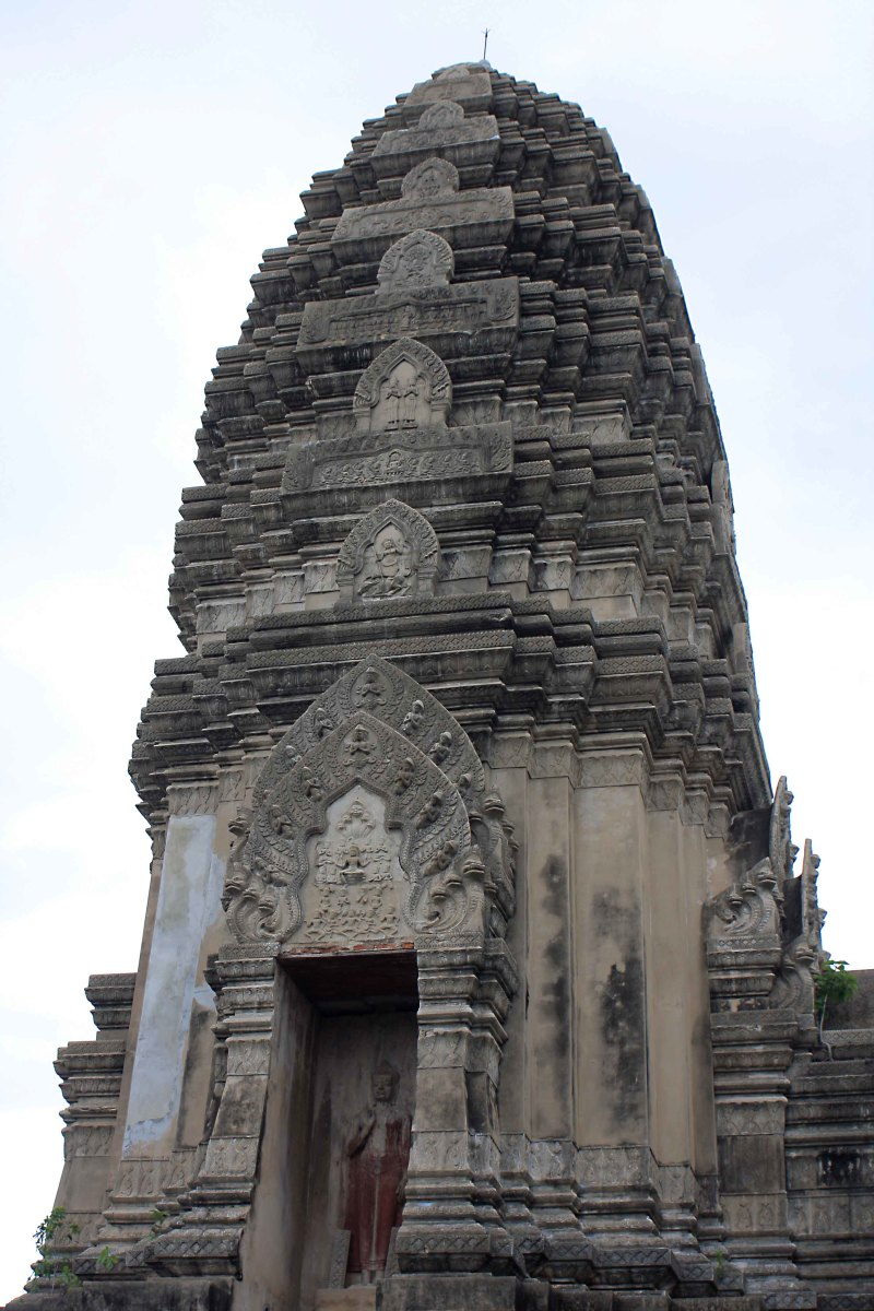 The representation of the Stupa of Phra Maha That, Ratchaburi. This is a three quarter scale model of the original, an impressive 13th century Khmer pagoda