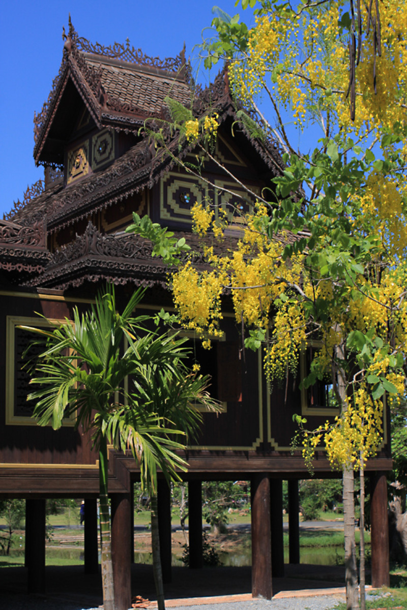 Wat Chong Kham - a traditional teak built dwelling and ceremonial centre for monks from the northern regions of Thailand