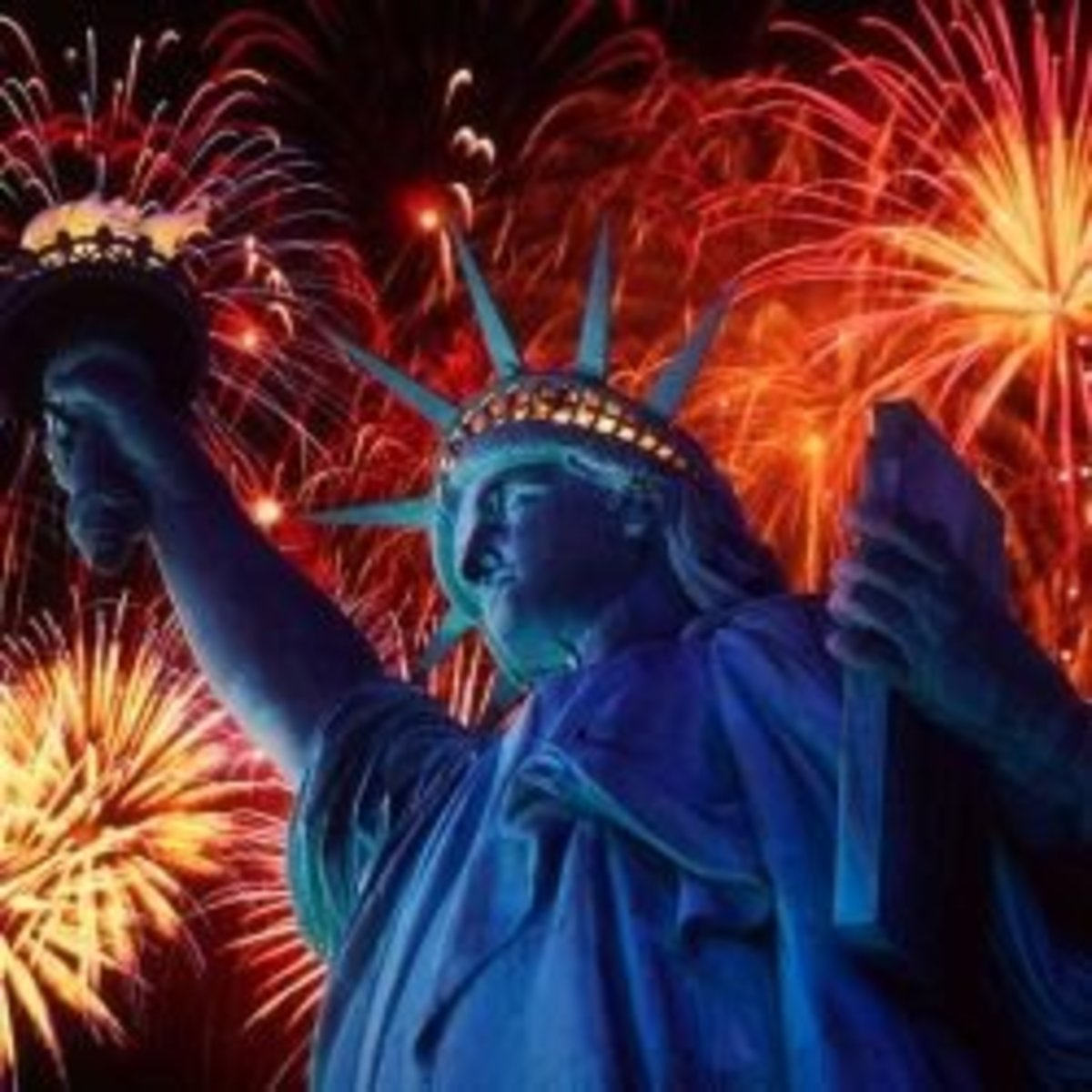 Image credit: http://www.graphicshunt.com/wallpapers/images/fireworks_over_the_statue_of_liberty-1006.htm