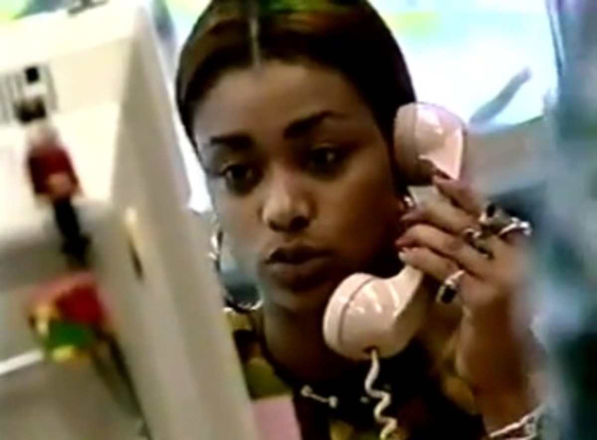 Tami Akbar, now Tami Roman, at her old job at the HIV clinic on The Real World Season 2 Los Angeles