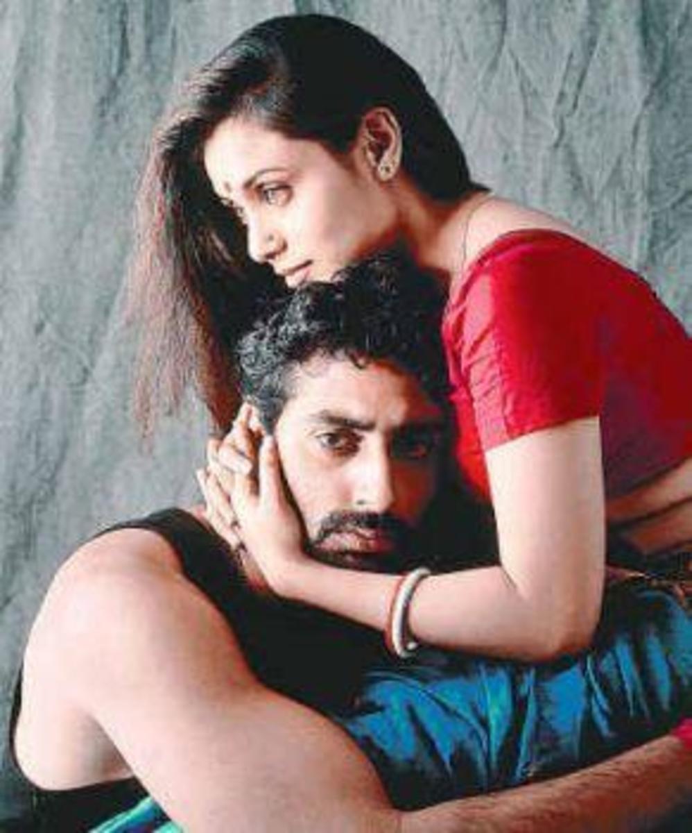 Rani Mukerji and Abhishek Bachchan in Yuva.