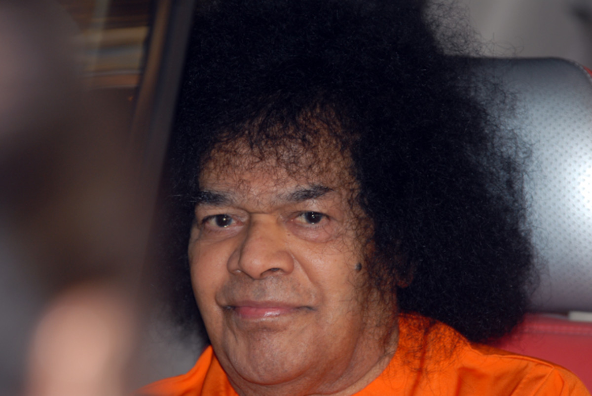 """Hold on to Swami and never falter. Do not get fooled by His actions."" - Shiv Yogi Maharaj"