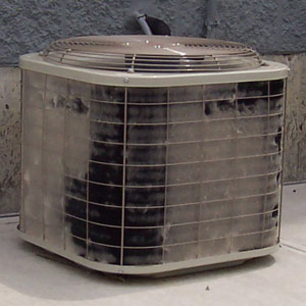 How To Spray Down And Clean A Central Air Conditioner