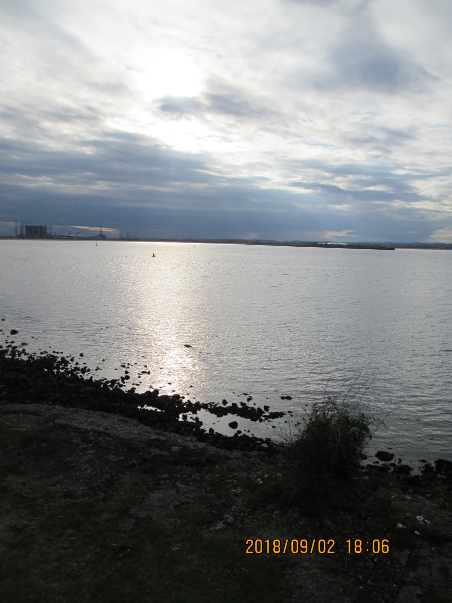 As the sun sinks into the cloud, look across the river towards Port Clarence, Haverton Hill and Billingham, it's time to go... Cheerio