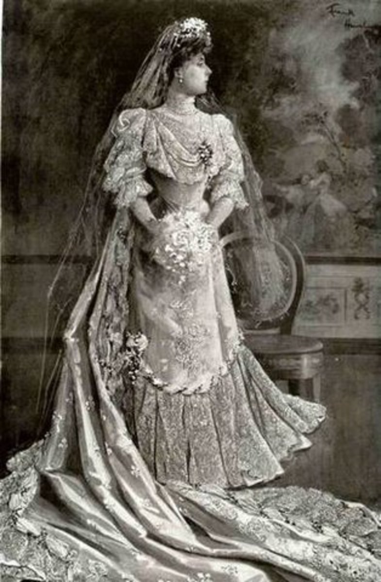 Vintage wedding dresses 19th century 20th century for 19th century wedding dresses
