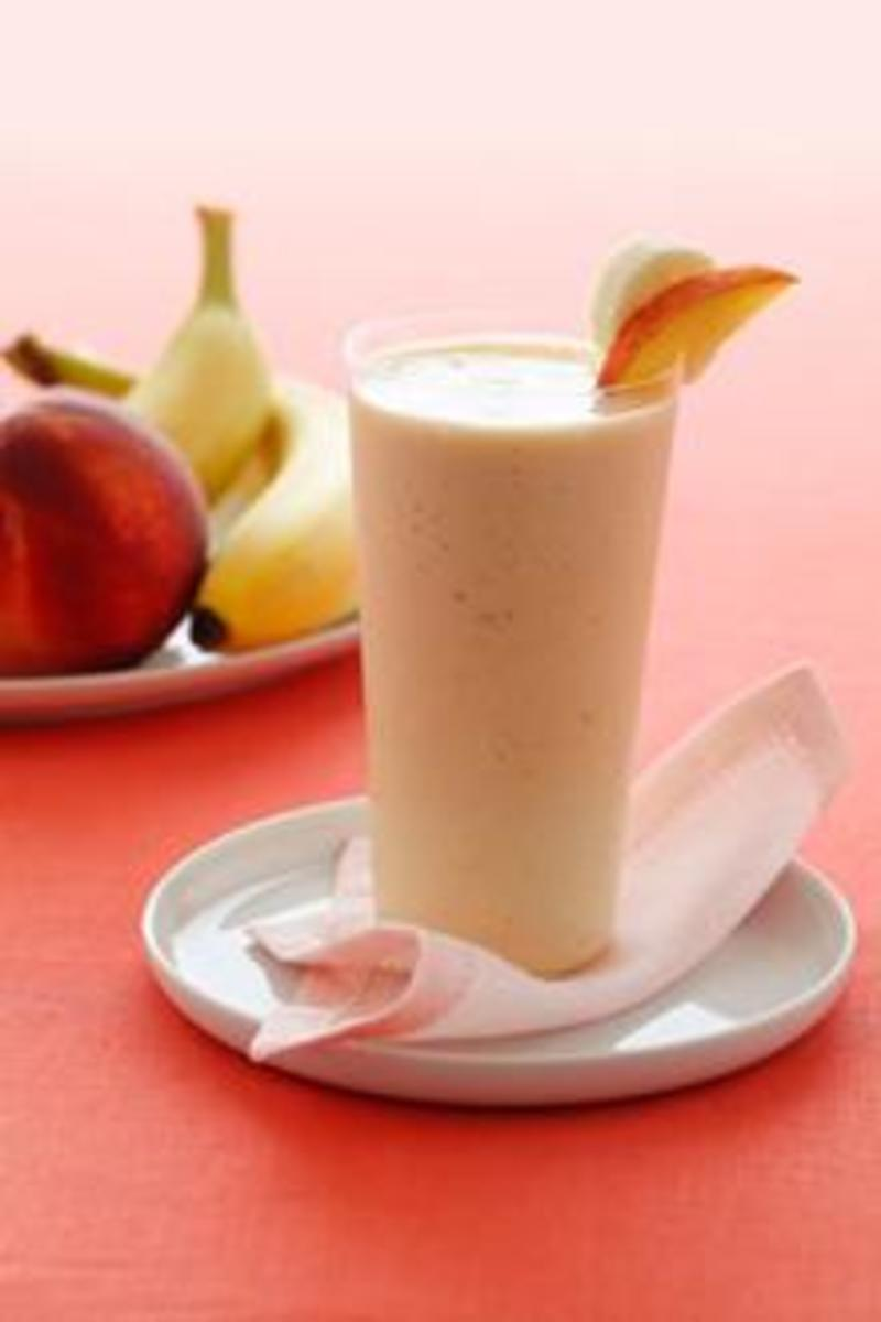 Here's A Delicious Banana And Peach Smoothie