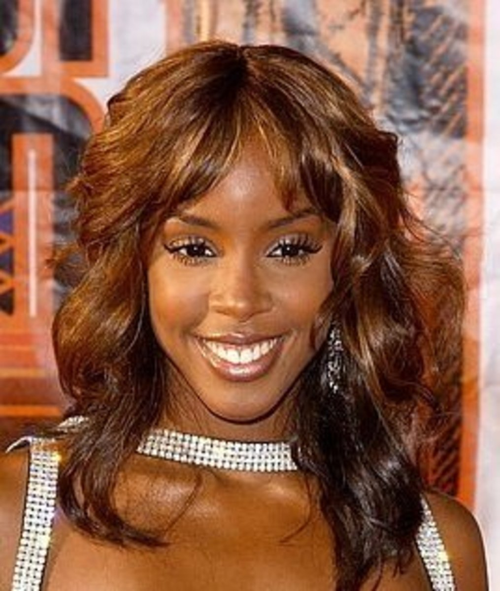Kelly Rowland in Honey and Brown Mixed Two-tone Hair