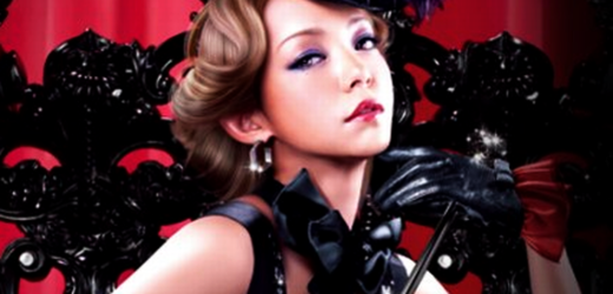 "Namie Amuro promoting her ""BEST FICTION""  Tour."