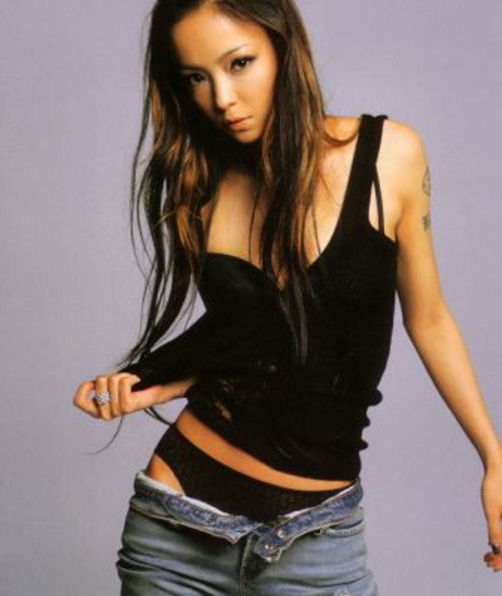 "Namie promoting her ""SO CRAZY /  Come"" single and showing off her new style."