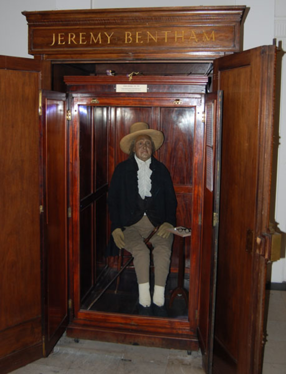 The embalmed and preserved Jeremy Bentham at University College, London