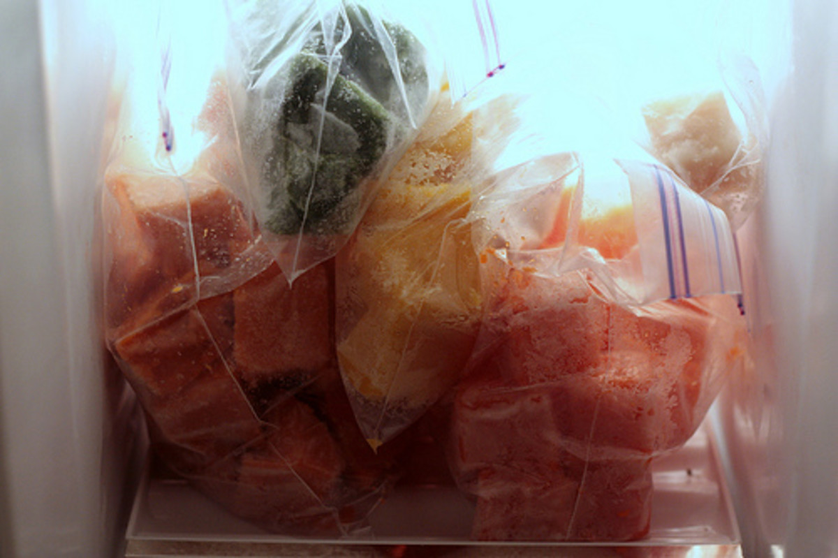 Cube, steam, and freeze various foods that you can puree later for your baby.