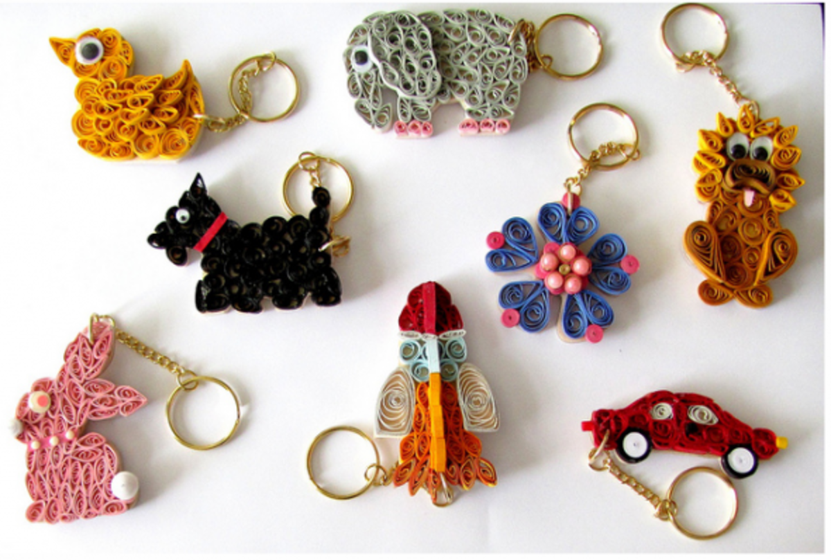 These keyrings have a wooden base to make the quilling more durable.