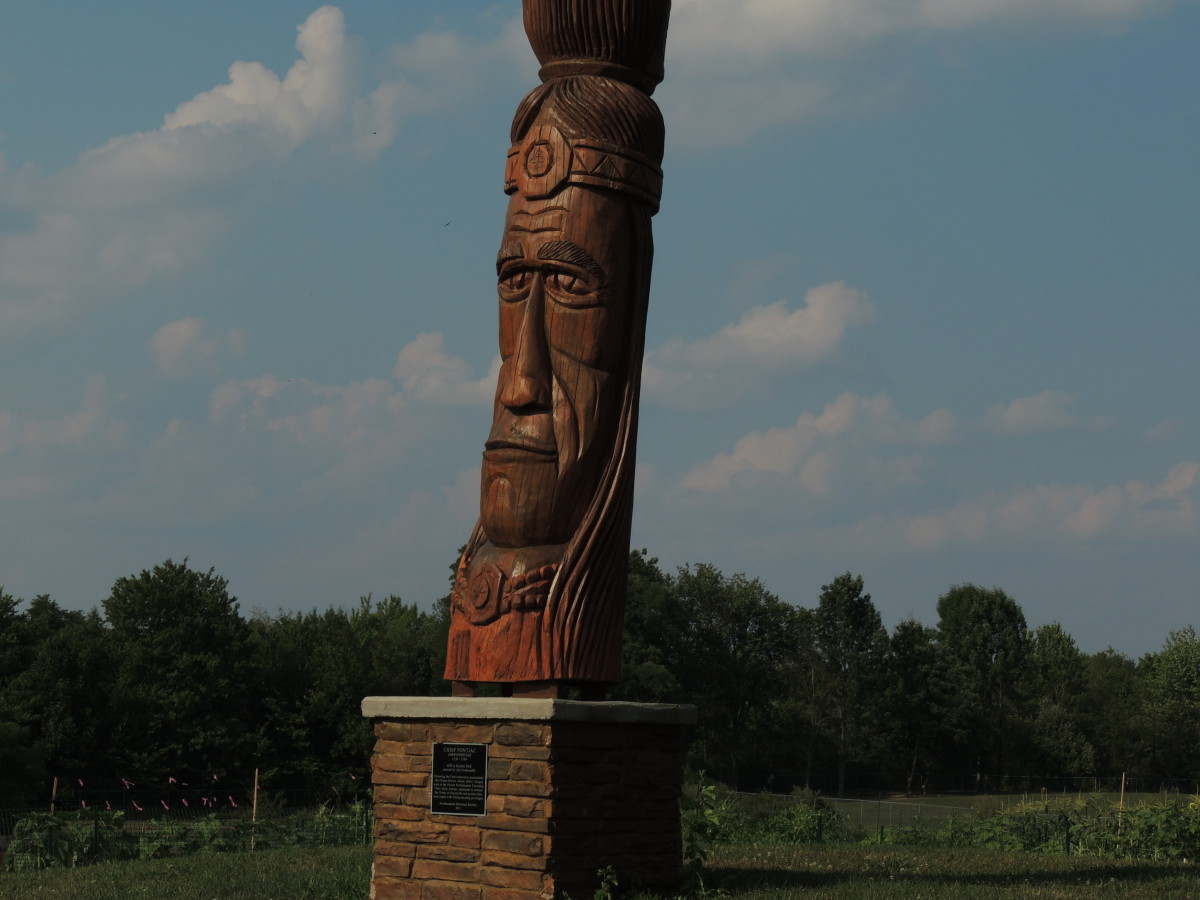 Indian Head - Trail of the Whispering Giants.