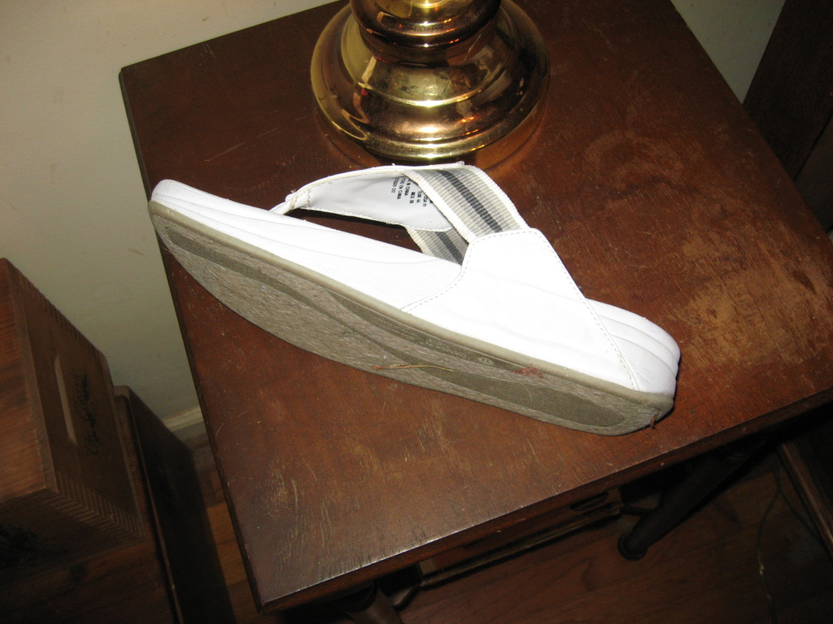 Knee Arthritis is often helped by shoes with thick, cushiony soles.