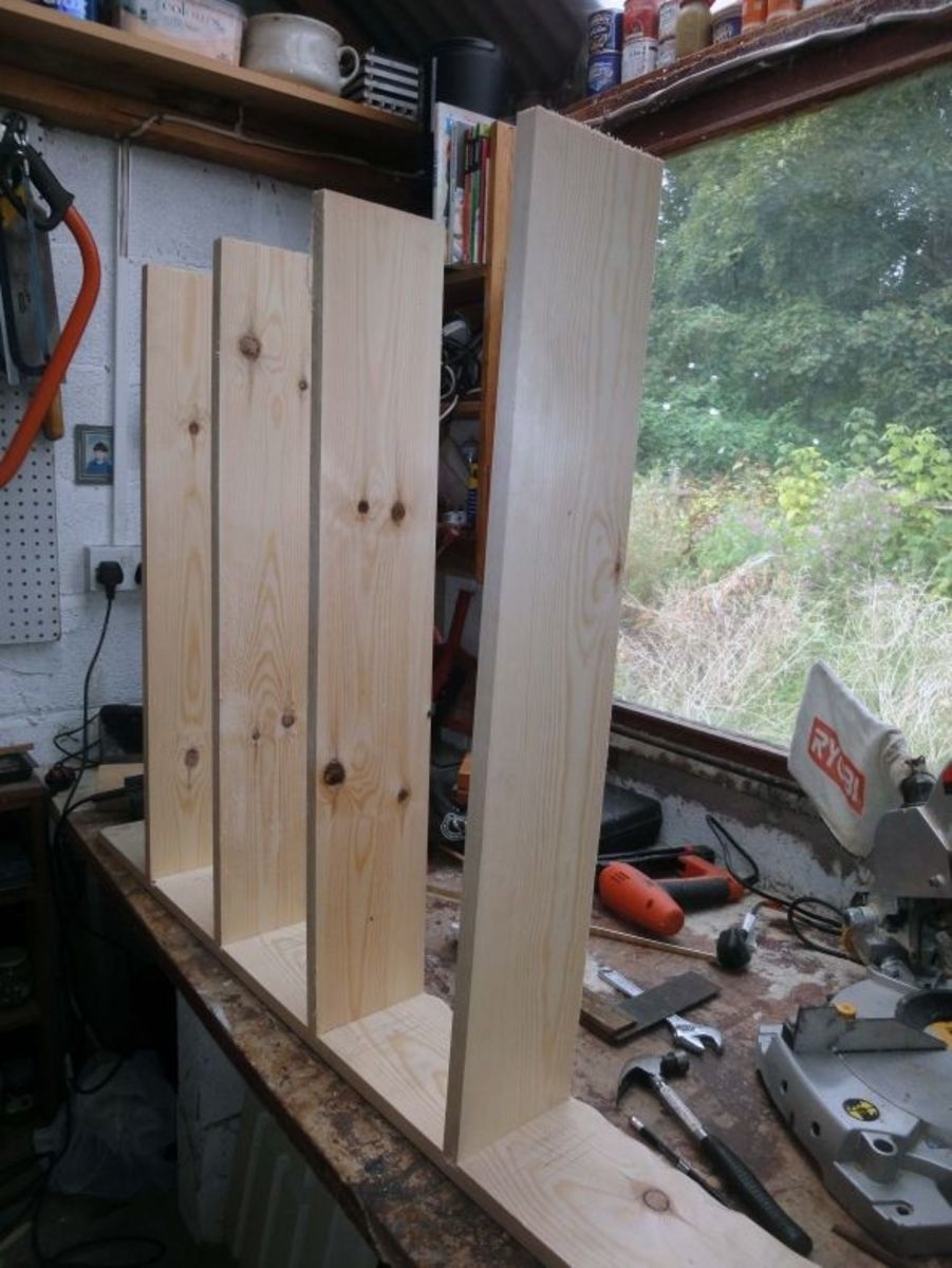 Making Fixed Shelves with a Router
