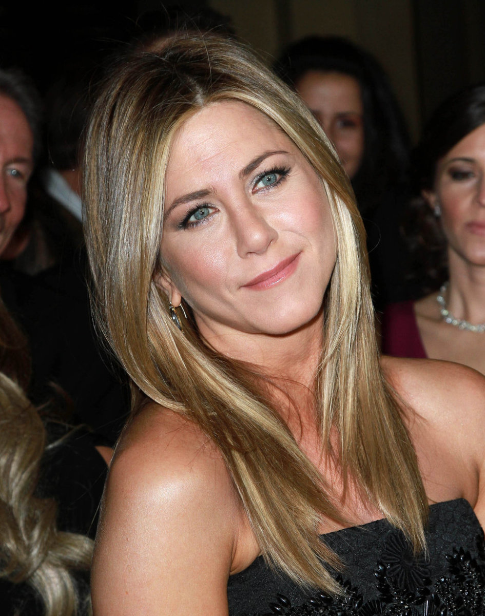 Celebrities with Medium Ash Blonde Hair Color