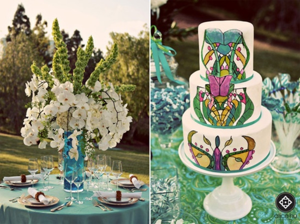 Stained Glass Cake. Wedding Table decorations using food coloring to make it look like colored glass.