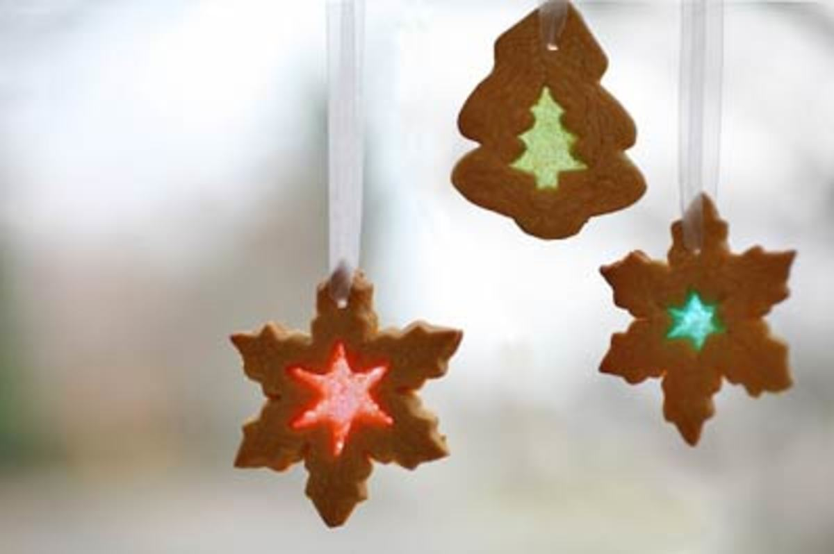 Wedding favor idea - stained glass cookies just use wedding designs instead of Christmas