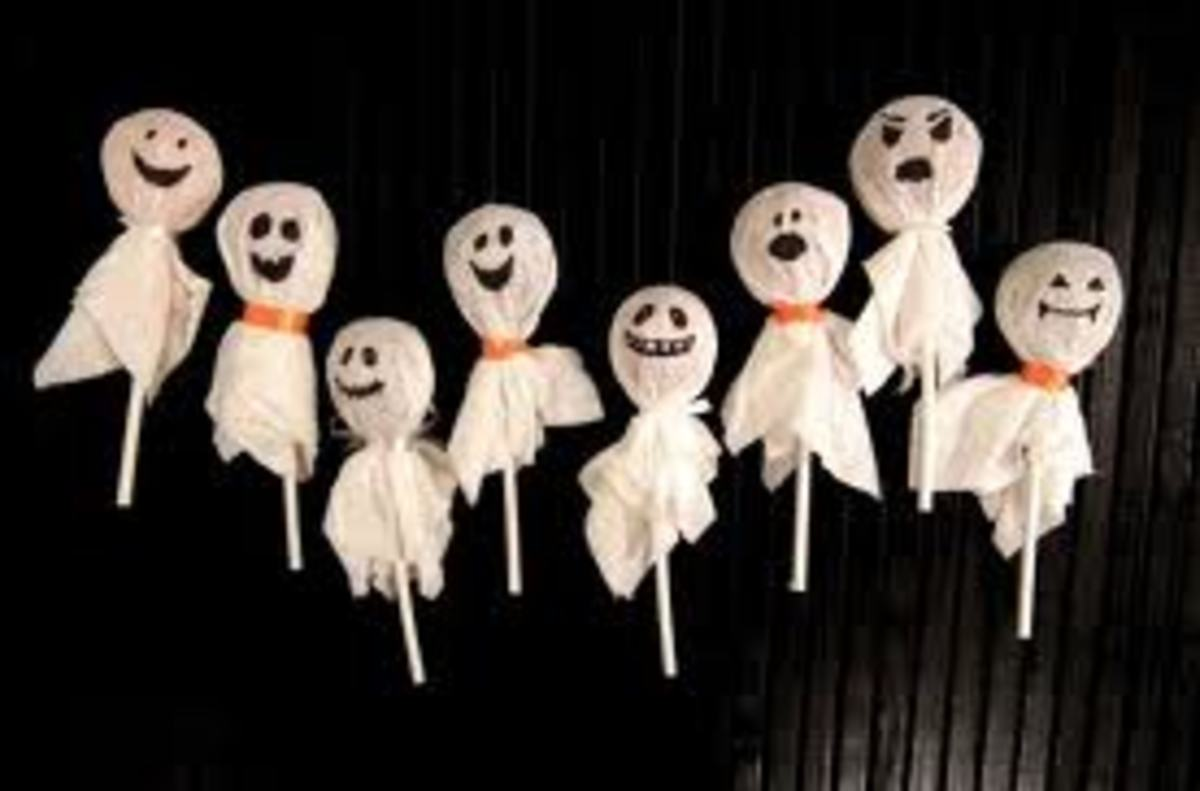 SPOOKY TISSUE GHOST TREATS