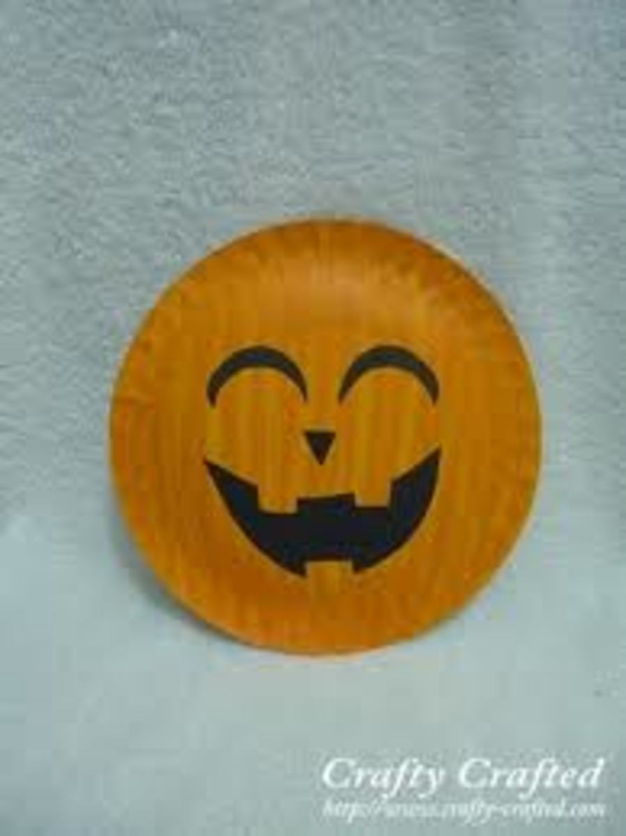 "WHY NOT TRY THIS CUTE ""CHIBI FACE"" STYLE ON YOUR PUMPKIN?"