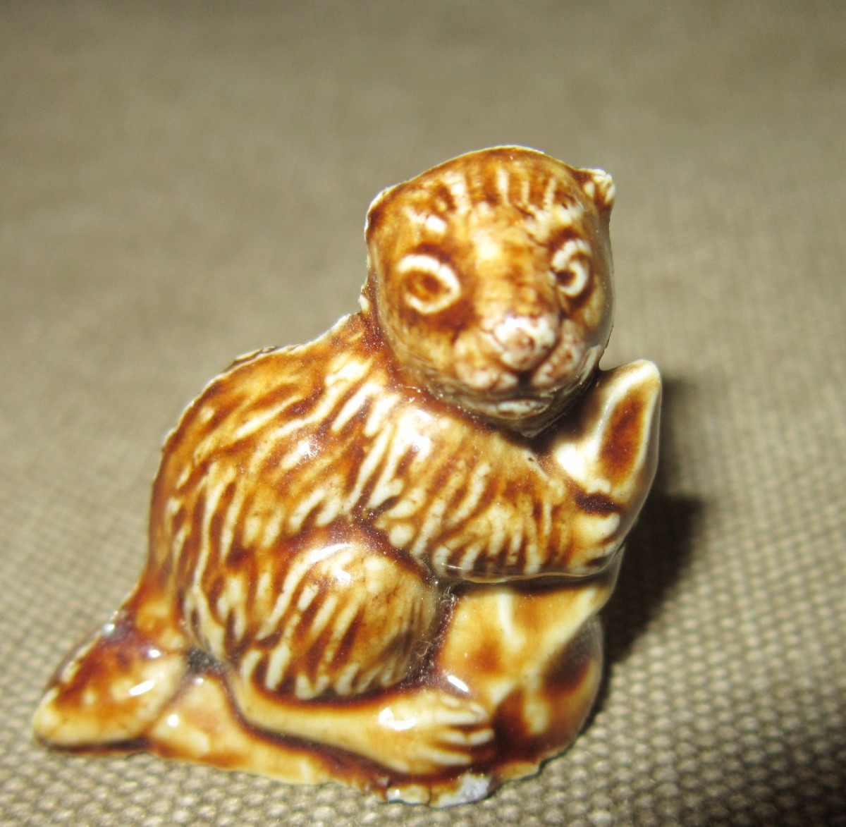 This neutral-toned, animal miniature is a classic piece from Wade Whimsies (as they used to be known).