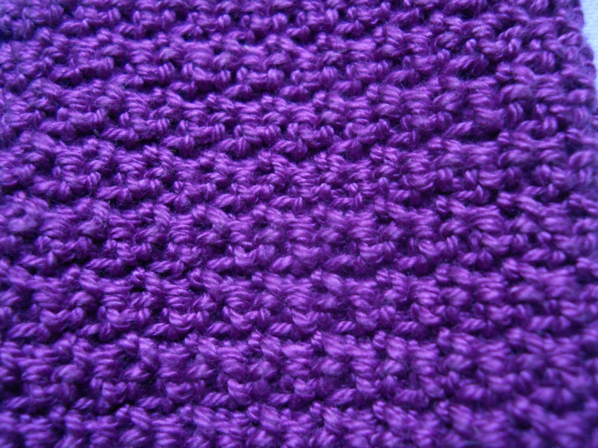 I intentionally made this picture small so you can appreciate the beauty of this stitch pattern. It's hard to see the charming wavy pattern if the picture is too big.