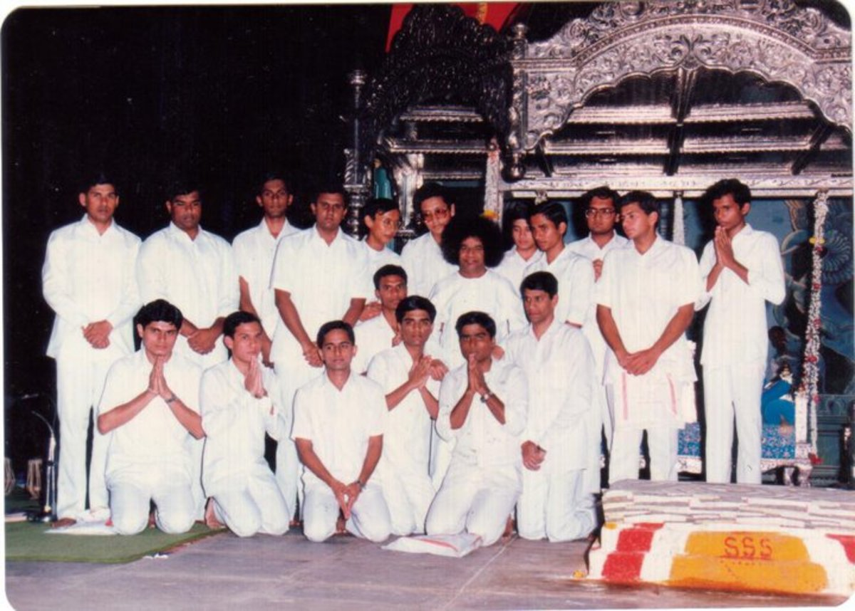 Swami with the students' music group after the 60th birthday concert