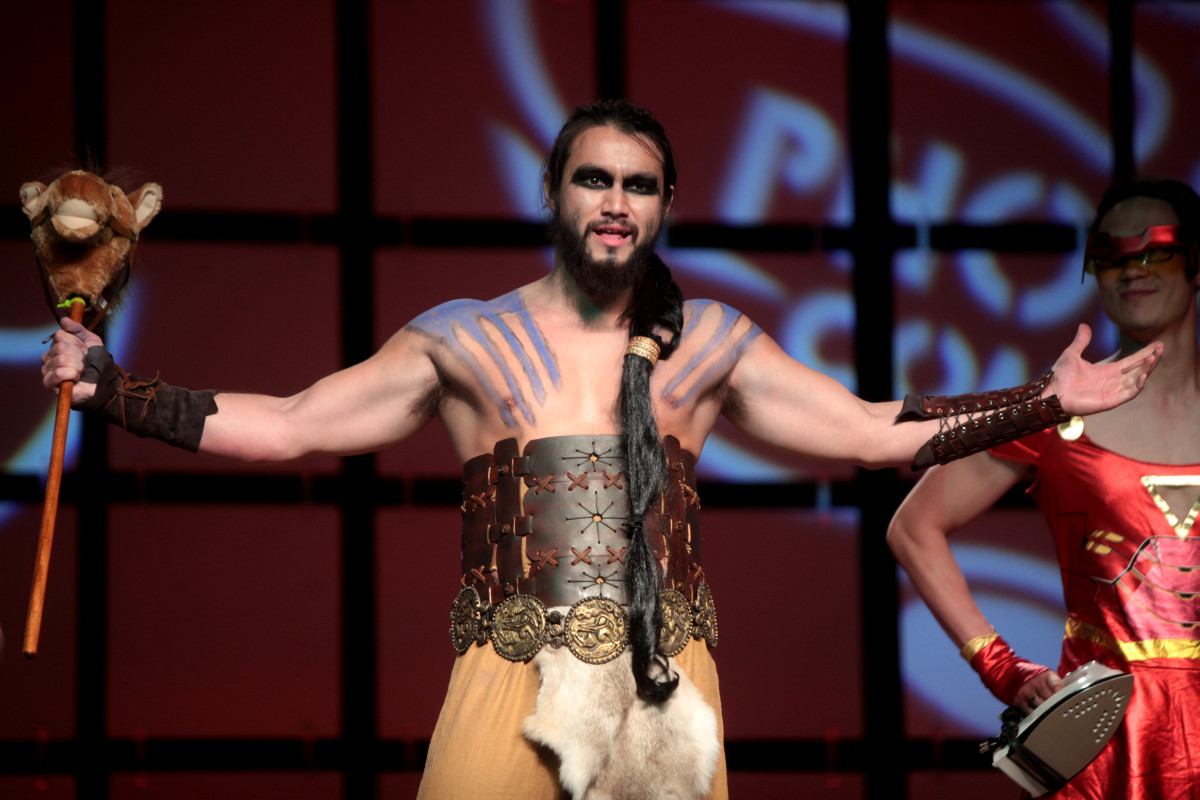 A Khal Drogo cosplayer performing at the 2014 Phoenix Comicon Masquerade.