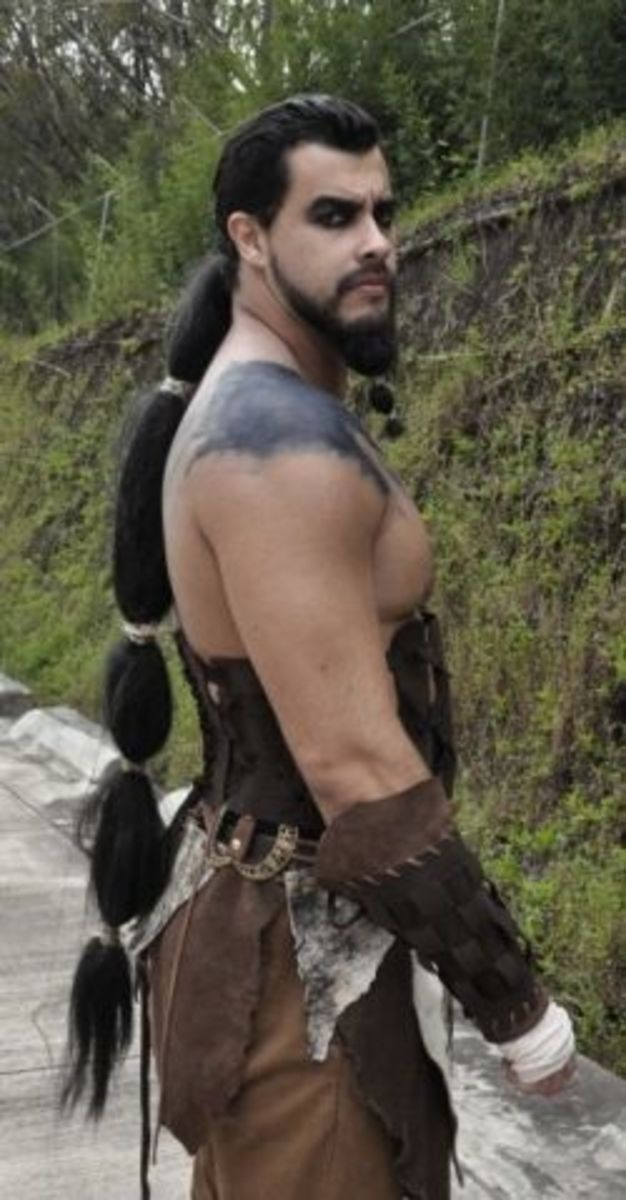 Here's a great picture of what a Khal Drogo costume can look like!