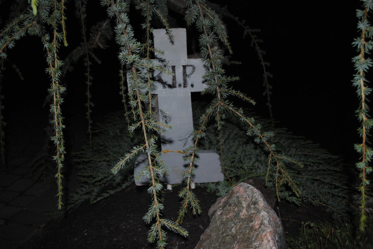 R.I.P. is not a very funny tombstone saying!