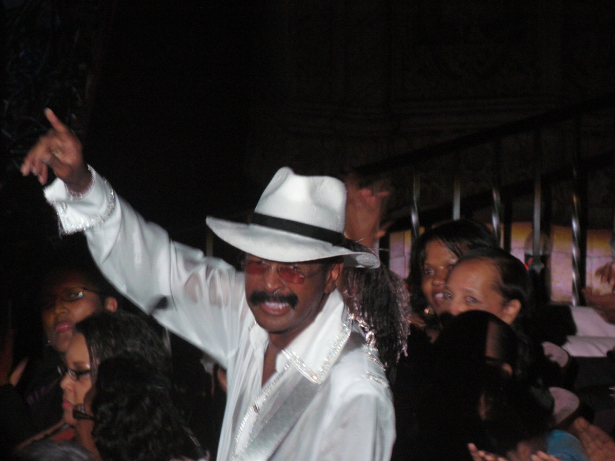 #1 In A Million Concert by Larry Graham [Interviews]