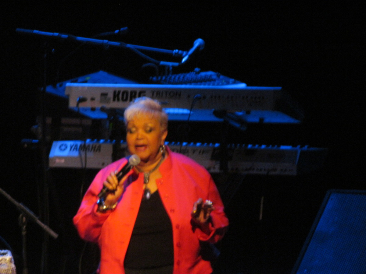The MC Paris, for Now Thats Entertainment introduces C.P. Lacey, Sheila Coley and Larry Graham as our amazing performers for the evening at Scottish Rite Theatre in Collingswood, New Jersey.
