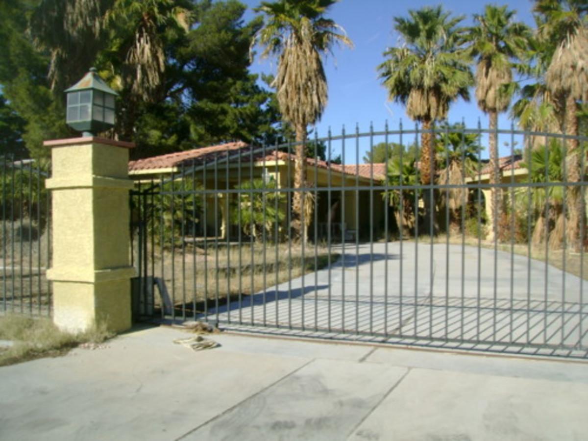 Haunted Places: La Palazza Mansion