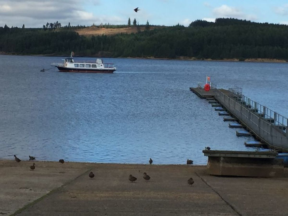 The ferry has just left Leaplish jetty for all stops to the north end of the lake