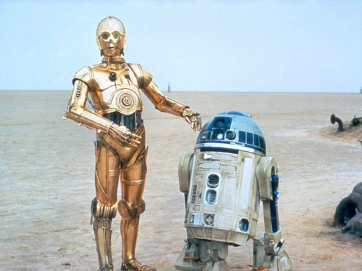 Artoo and Threepio only have small parts in this story. But Artoo crucially is the one that delivers the message from Padme to Bail, which will give Leia the only memory of her mother.