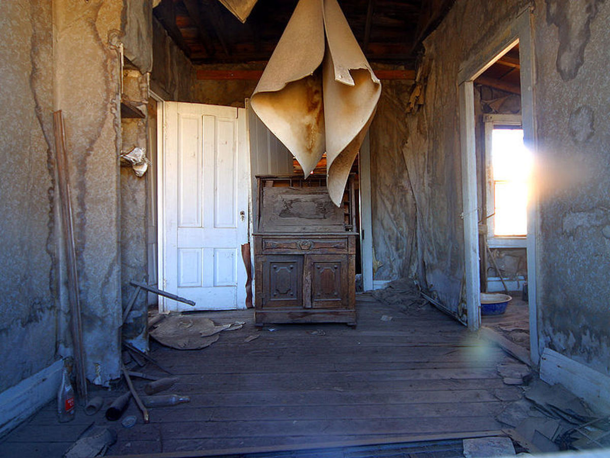 Jon Sullivan photographed this interior of a building in Bodie on September 6, 2004.